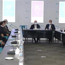 بازدید معاون رئیس جمهور و رئیس بنیاد شهید از شرکت بیمه دی