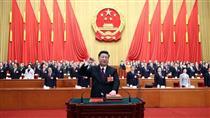 خونسردی عجیب چین در بحبوحه جنگ تجاری و کاهش رشد اقتصادی