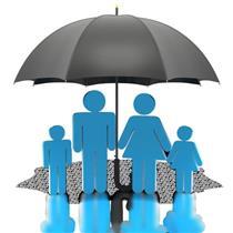انحصار ۷۰ درصدی در صنعت بیمه