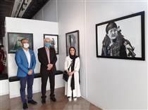 نمایشگاه صلح میلاد با حضور زنان ژورنالیست  و مدگرای قجری