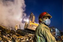 صدور چک ۳۵.۶ میلیارد ریالی بیمه کارآفرین برای آتش نشانان
