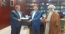تقدیر وزیر امور اقتصادی و دارایی از دکتر علی صالح آبادی