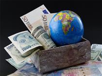 بسته جدید ارزی، میتواند مشکلات صادرات را حل کند