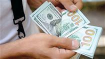 خرق عادت آذرماهی دلار