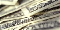 دلار در صف ورود به مدار ۱۰ هزار تومانی