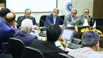 نارضایتی وزیر اقتصاد از روند واگذاریها